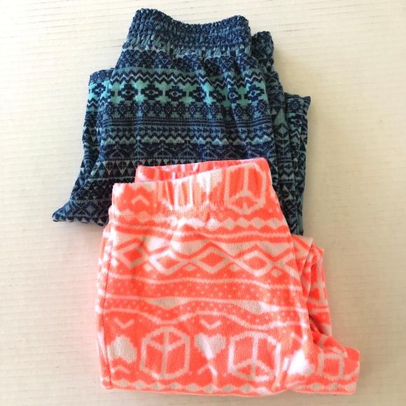 Xhilaration Other - Bundle of 2 Fleece Pajamas Pants Girls